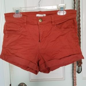 H&M rust-colored twill shorts